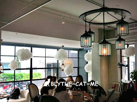 September cafe (41).JPG
