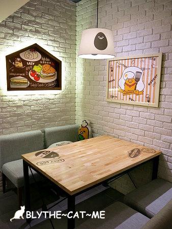 蛋黃哥主題餐廳 (68).JPG