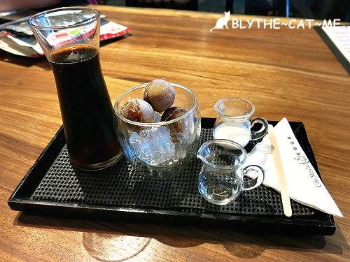 咖啡瑪榭 (1).JPG