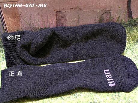 Titan運動襪 (14).JPG