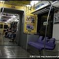 電車裡面人很少,沒看到日本便車名產-痴漢