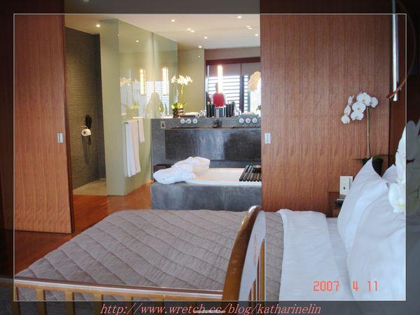 床與衛浴.jpg