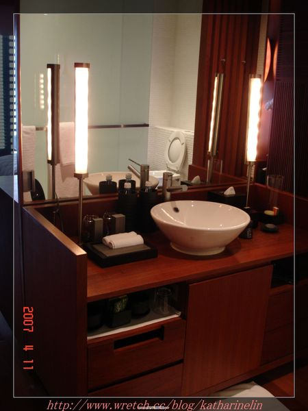 客房的洗臉台.jpg
