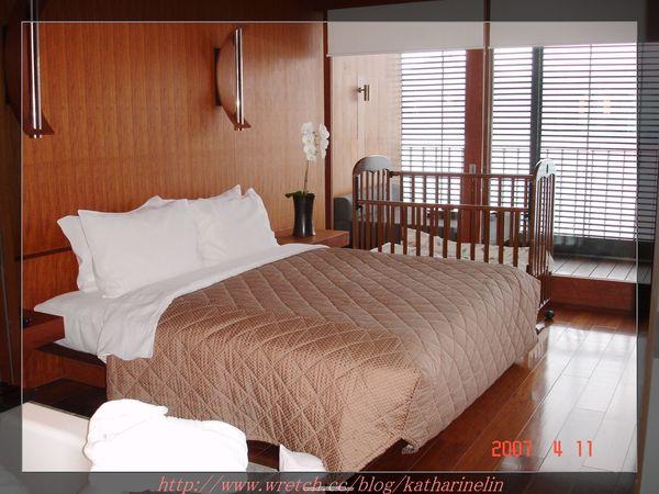 雙人床.jpg