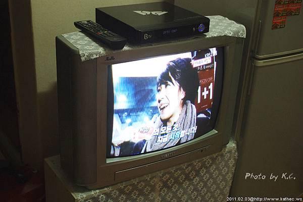 電視是一定要的啦!