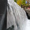 清溪廣場瀑布