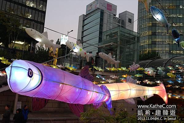 麟蹄冰魚燈