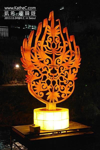 金製冠裝飾