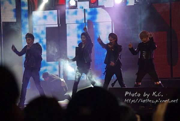 SHINee表演
