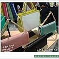 fb001-300jpg.jpg