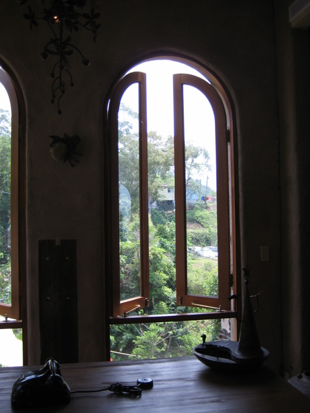 一窗一世界