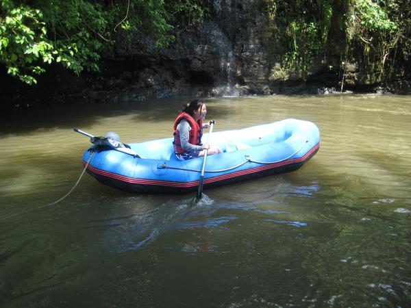 幸好小時被哥哥訓練過, 划船對我還不算太難