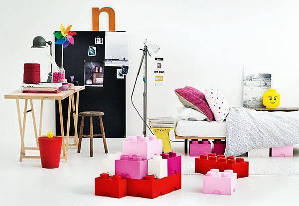 1838782573-lego-storage-boxes-2.jpg