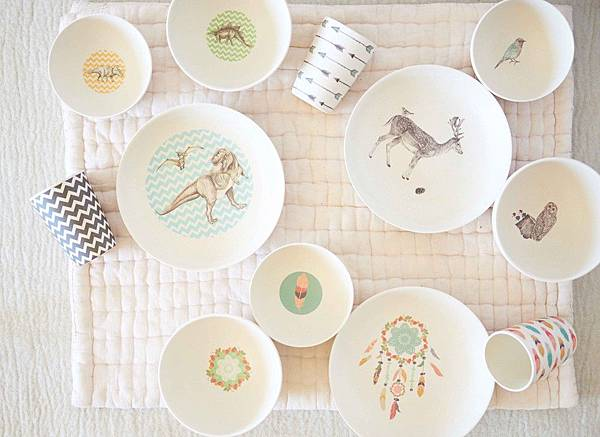 bamboo-dinnerware_birds-eye_4pc-sets-group_web_3.jpg