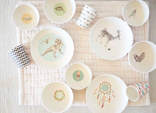 bamboo-dinnerware_birds-eye_4pc-sets-group_web_3.jpg