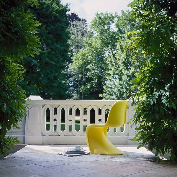 Panton-Chair-Ambiente.jpg
