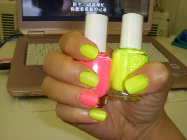 neon (2).jpg