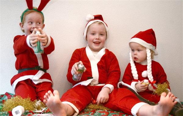 Christmas_Trio_by_webworm.jpg