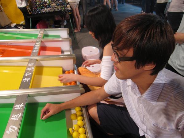 因為台北的夜市都沒這些東西 by 棉花糖