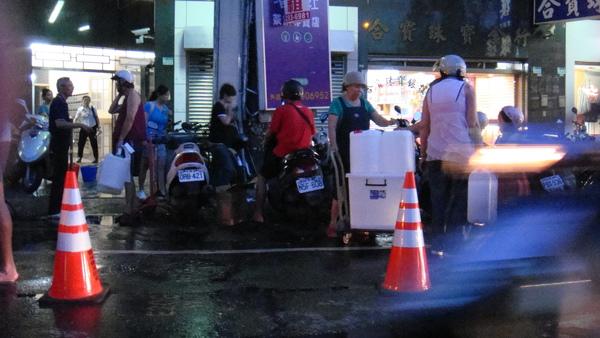 其實那幾天台南正在限水