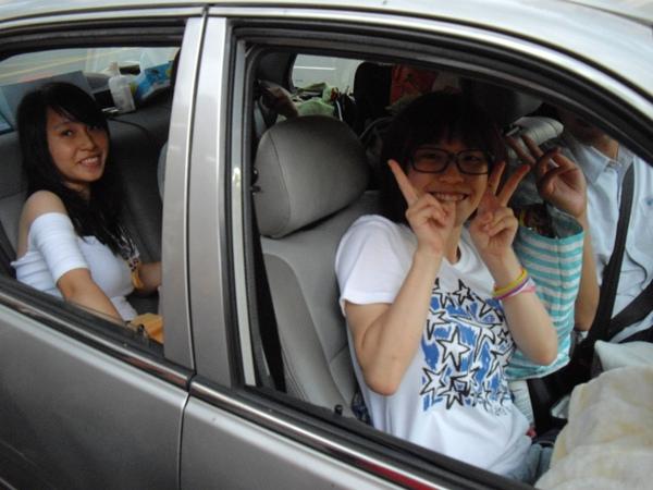 這是台飽滿的車!! by 雷夢