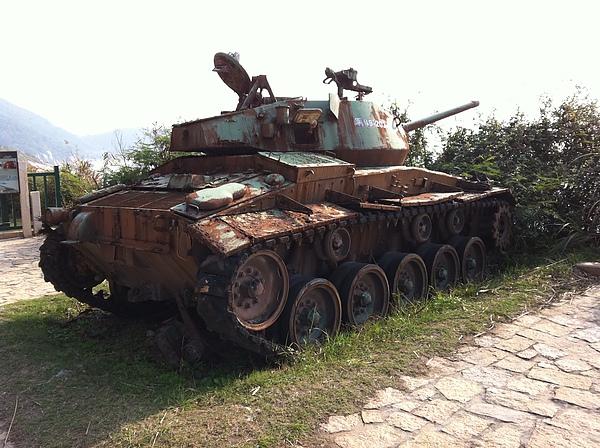 一般人看到就經過的戰車