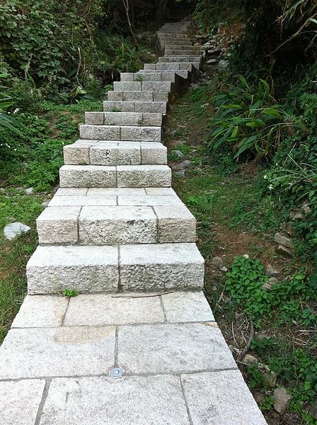 看起來好長的階梯