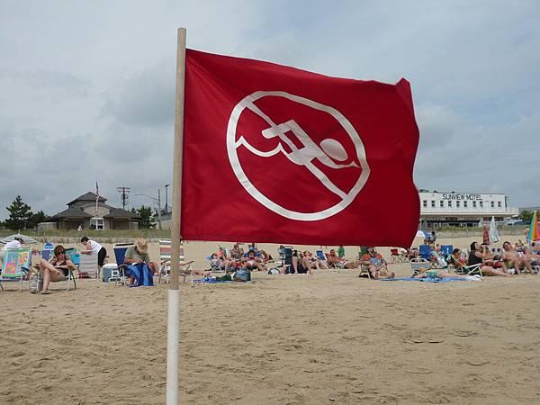 這個海域禁止游泳.JPG