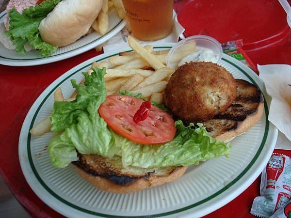 蟹餅漢堡.JPG
