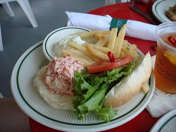 龍蝦沙拉漢堡.JPG
