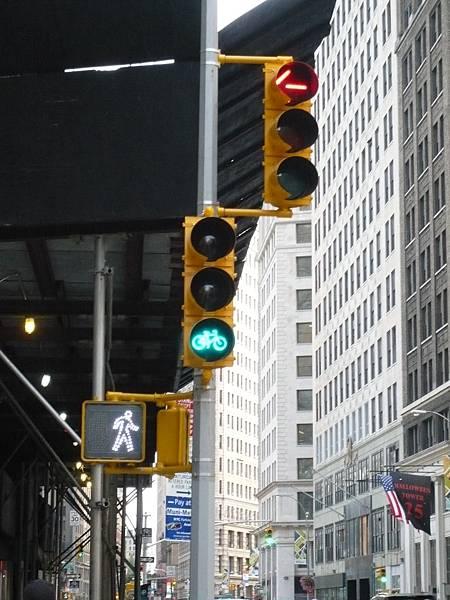 腳踏車的紅綠燈.JPG