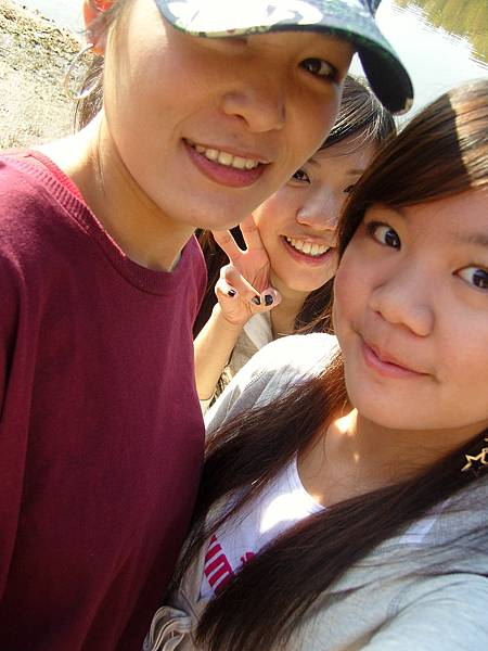 Peggy, Mindy & Jessica.JPG
