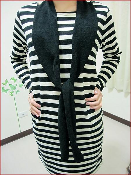 黑條紋裙裝-3.jpg