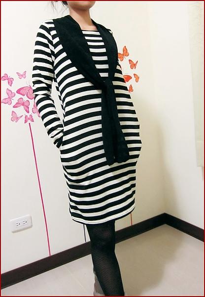 黑條紋裙裝-1.jpg
