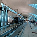 凌晨的杜拜機場。