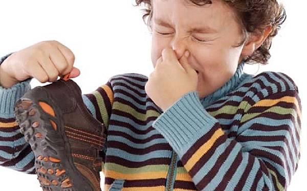 foot-odor-8.jpg