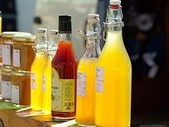 fruit-juices-667570__180.jpg