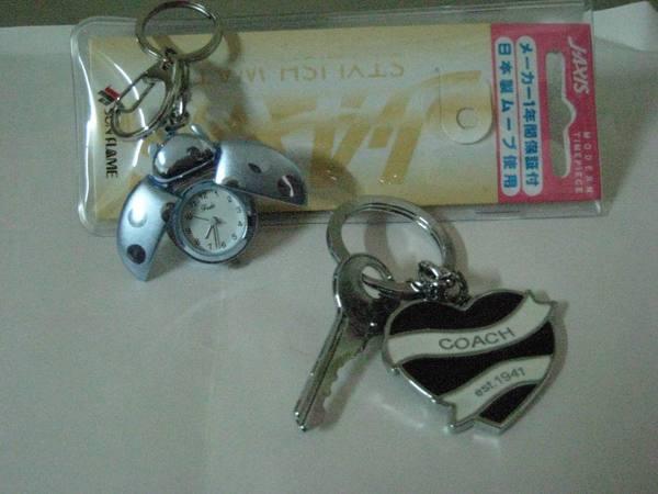 K.日本來的金龜錶+大陸來的Coach鑰匙圈(可真的很漂亮ㄝ)