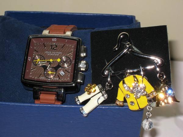 L.ㄚ姐送的手錶+胸針
