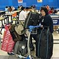 大KAY與我們的行李
