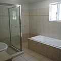 乾濕分離的大浴室