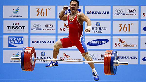 Olympic-Lifter-at-the-Olympics