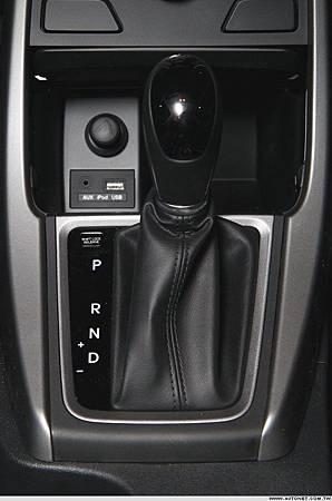 HYUNDAI Elantra EX1-14.jpg