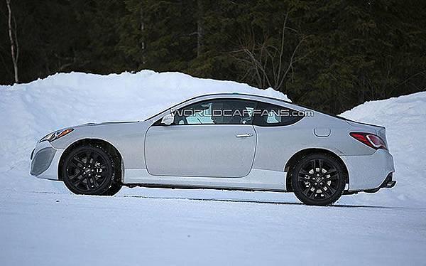Hyundai Genesis Coupe海外遭逮1-4.jpg
