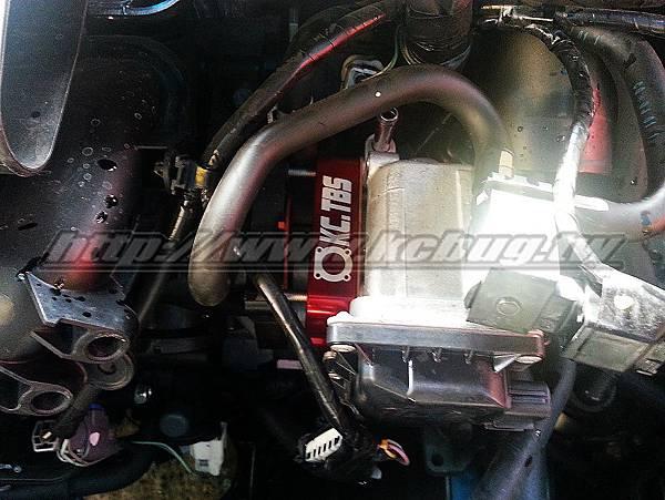 Mazda 3 1.6 安裝KC.TBS節氣門墊寬器_001