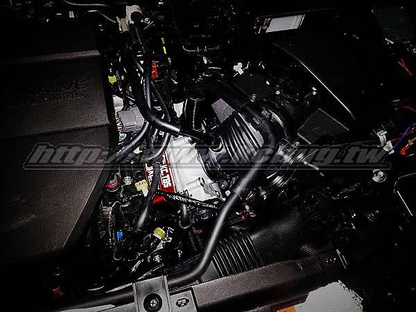 Mazda 5 安裝KC.TBS PLUS 節氣門墊寬器_001