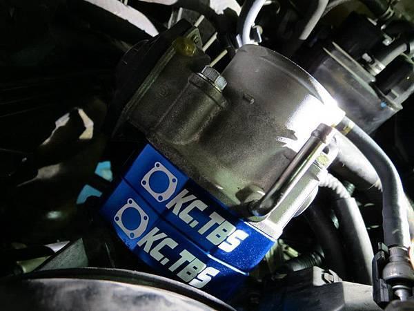 Toyota Wish 安裝 KC.TBS節氣門墊寬器 Plus_001