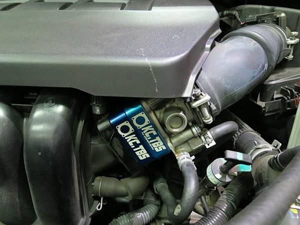 Toyota Wish 2.0 (3ZR-FE )Install KC.TBS Throttle Body Spacer_004