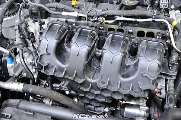 Volvo XC60 T5 installed KC.TBS throttle body spacer _04.jpg