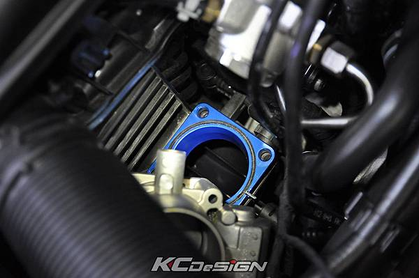 VW Golf 7 1.2_1.4 installed KC.TBS Throttle body spacer _04.jpg